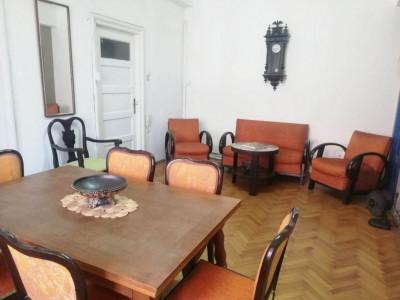Vanzare apartament 3 camere Calea Mosilor