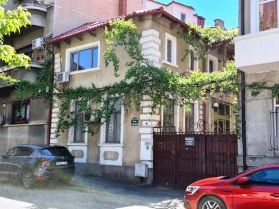 Casa/vila 5 camere Unirii-Popa Soare
