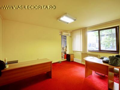 Vanzare apartament 2 camere Sala Palatului