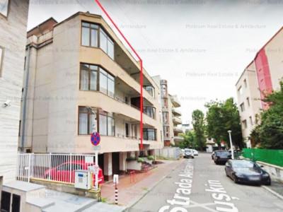 BLOC de vanzare, Primaverii, 3 apartamente