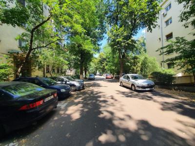 Ocazie vanzare apartament 2 camere cu garaj Calea Calarasilor, Alba Iulia
